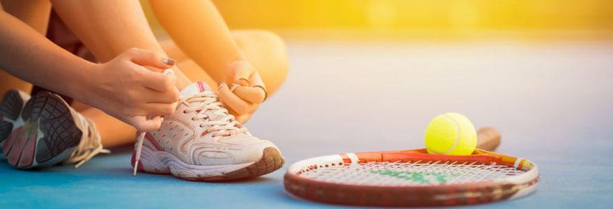 Comment bien choisir son équipement de tennis