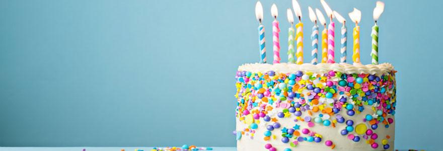 Préparation de gâteau d'anniversaire